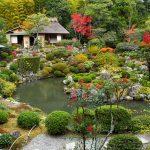 これがお寺?室町から続く日本庭園と住職の遊び心