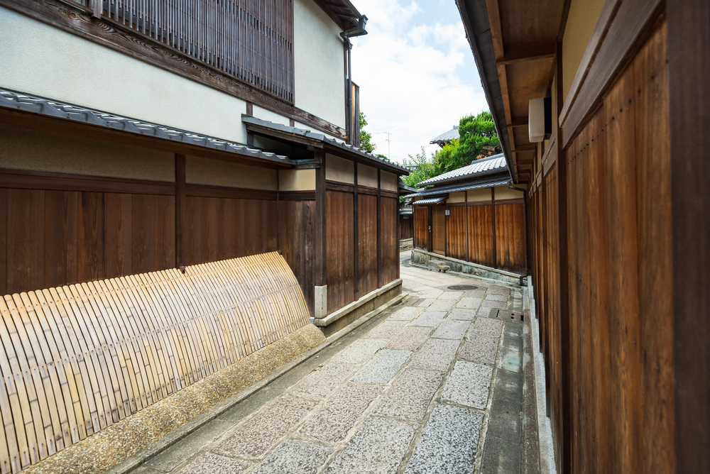 Ishibekoji, the typical Kyoto you are expecting