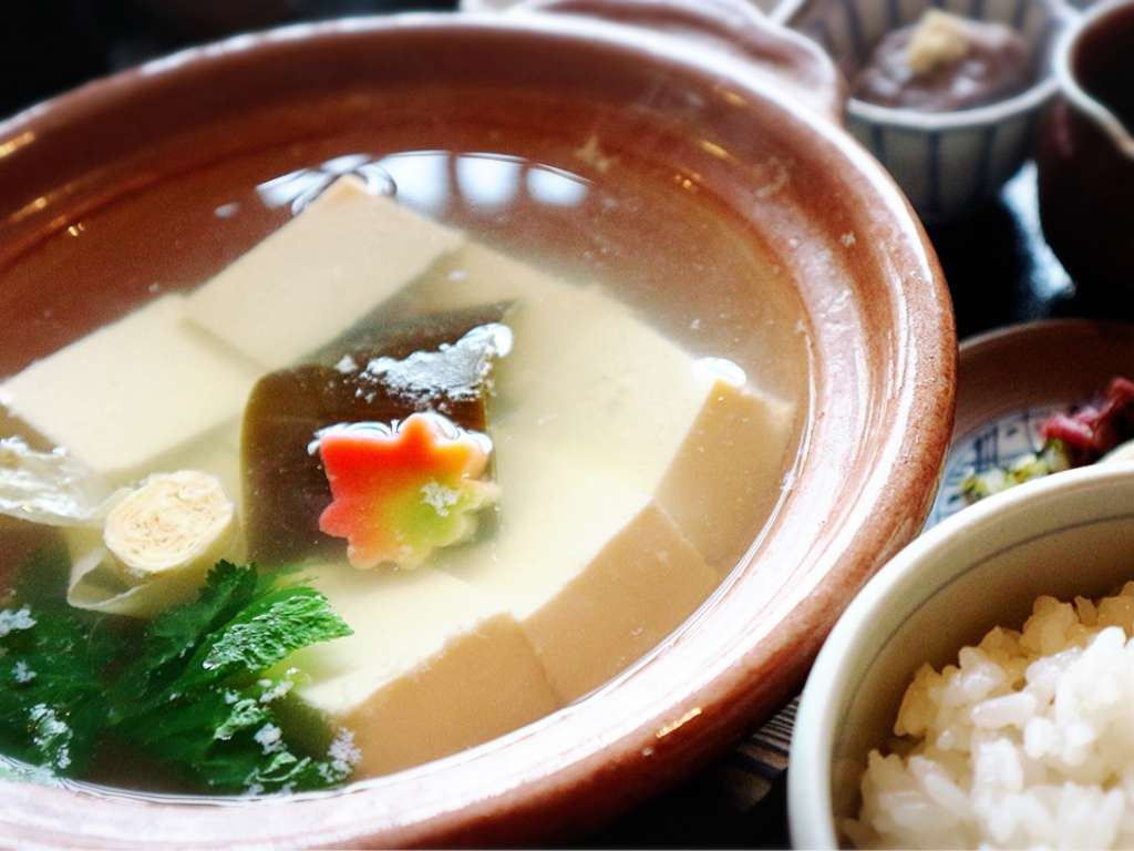 Boiled tofu and Yuba melts in your mouth- Toyo-uke Teahouse, ran by 120 years old Tofu shop