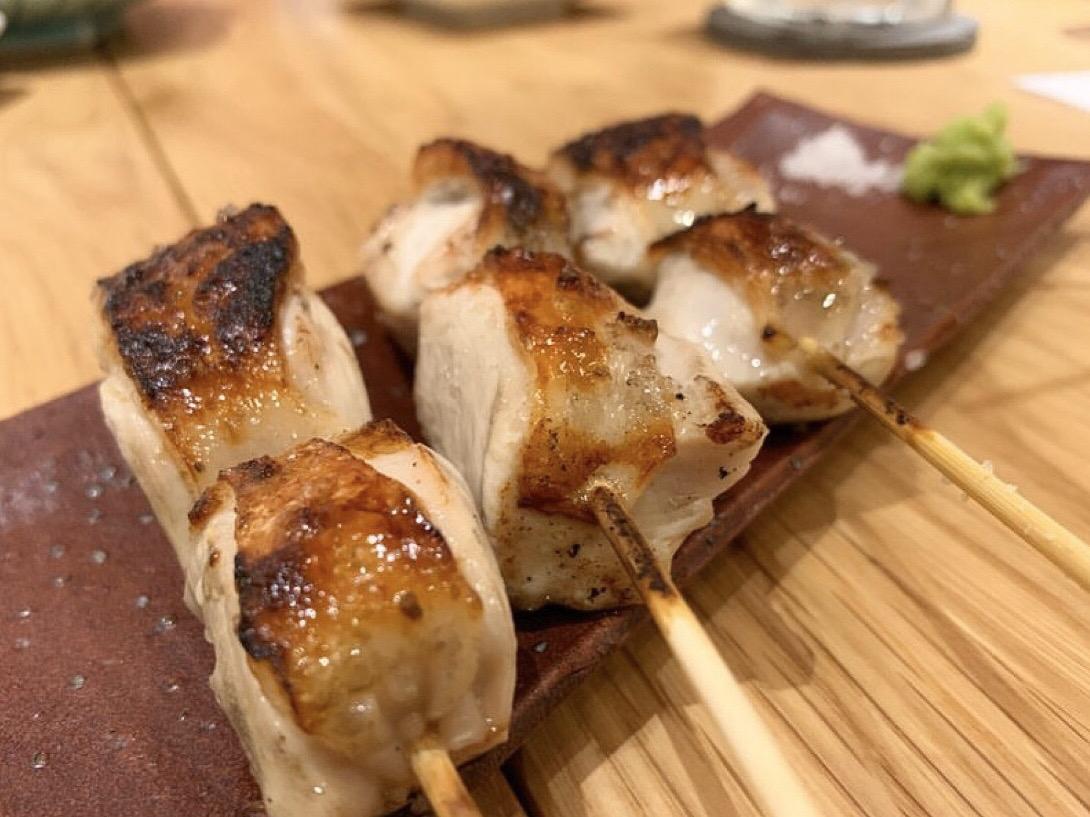 こだわりの焼き鳥と京野菜が味わえる「炭焼 久三酉・ひさどり」
