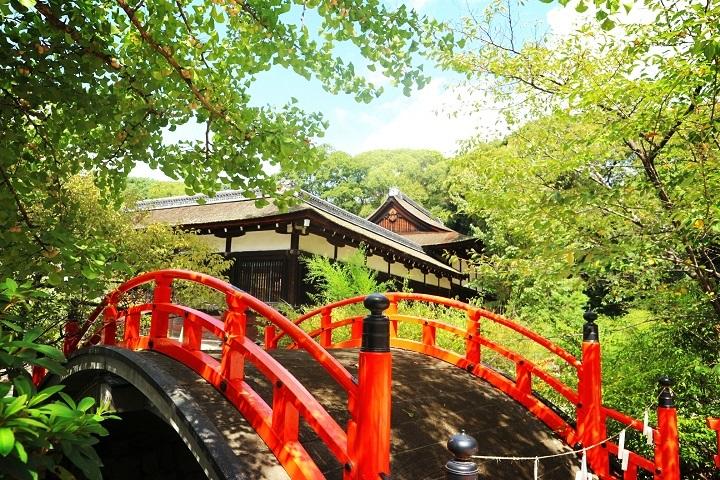 예로부터 평화로운 세상을 기원하는 가모미오야 진자「시모가모 진자」