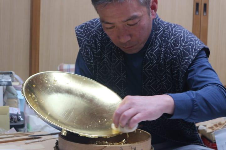 職人が伝える伝統工芸・金箔押し「京都  五明金箔工芸」