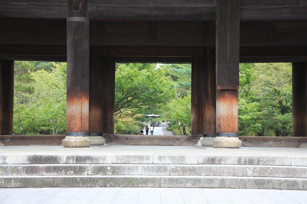 Big pillars supporting Sanmon Gate