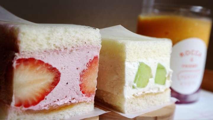 可愛いフルーツサンドイッチ