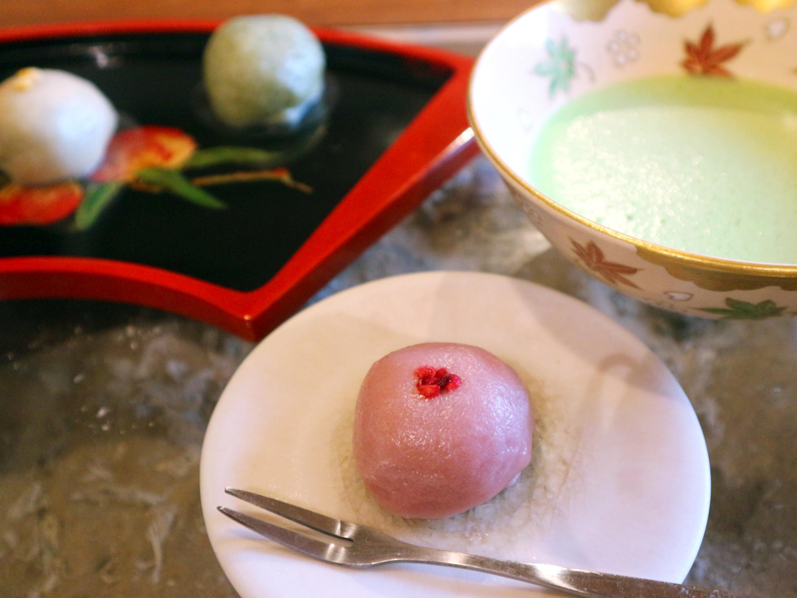 Namafu steamed buns with an addictive food texture