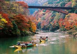 """Hozugawa River Boat Ride"", the activity on the sightseeing boat between Kameoka and Arashiyama"