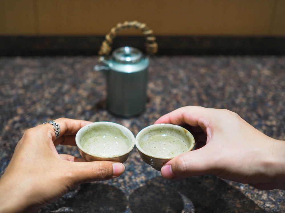 Enjoy your evening in Kyoto with sake