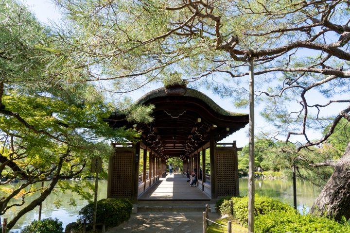 広大な平安神宮神苑