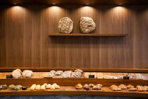 "Perfect for both breakfast and lunch! Enjoy flavor-packed bread made with domestic wheat at bakery ""fiveran"""