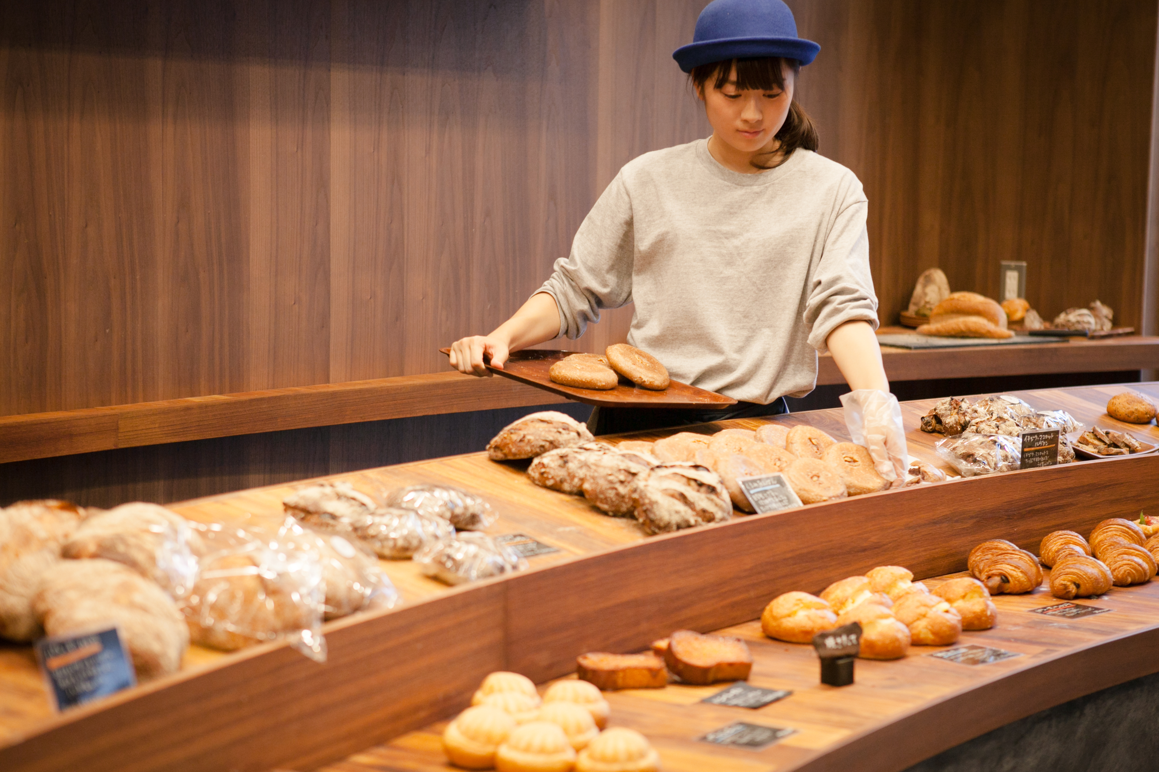 Carefully crafted bread that utilizes the full flavor of wheat